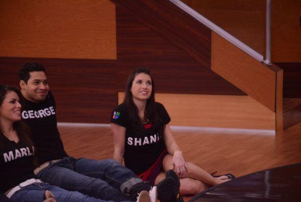 """Shanik se puso romántica. Marlin y Adrián cruzaron miradas. """"Al que le c..."""