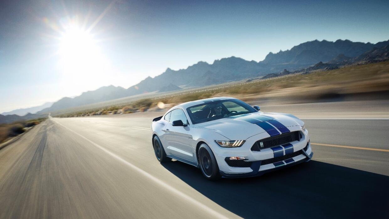 El Ford Mustang híbrido ofrecerá más torque a bajas revoluciones que las...