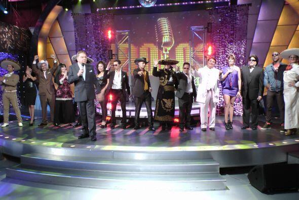 Pero también con Pablo Montero, Olga Tañón y Juan Gabriel.