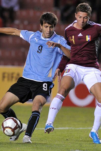 En tanto por el mismo Grupo A los equipos de Uruguay y Venezuela empatar...