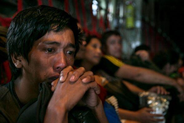 El número de muertos por el tifón Haiyan, que arras&oacute...