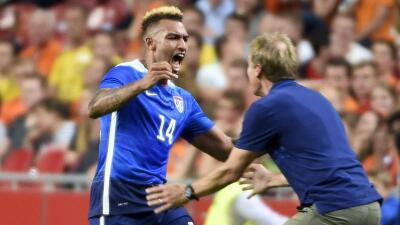 EE.UU. celebra gol ante Países Bajos