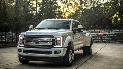 La Ford F-450 Super Duty Limited 4X4 2018 en fotos