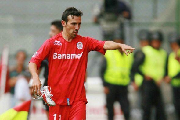 Otro jugador del Toluca que emigró a Europa es Vicente Sánchez, el urugu...