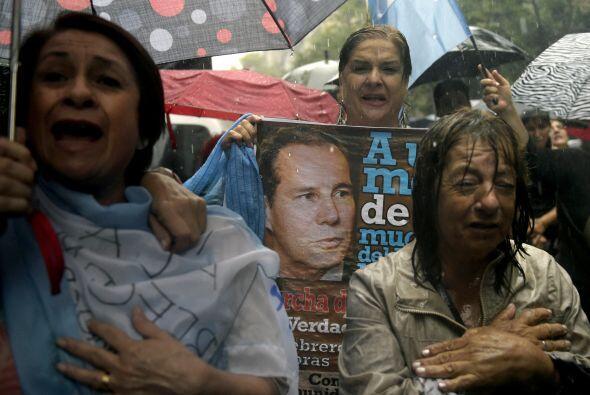 Nisman denunció a la presidenta Cristina Kirchner por encubrir te...