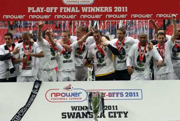 El tercer equipo que ascendió recientemente, el Swansea City, simplement...