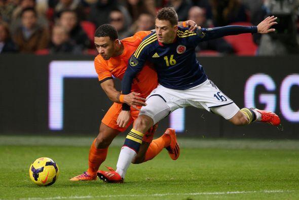Su llegada a la selección mayor fue gracias a la lesión de Camilo Zúñiga.