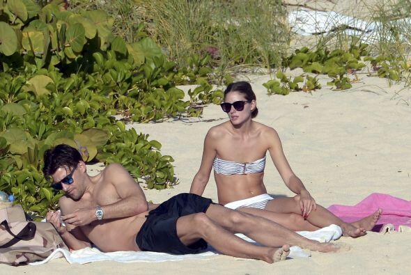 La actriz americana Olivia Palermo y su novio Johannes Hueble disfrutan...