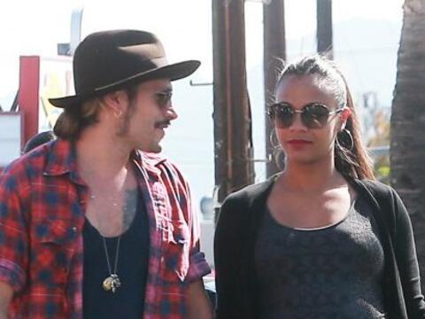 Vimos a Zoe embarazadísima y  junto a su marido Marco Perego derr...