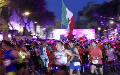 La maratón de la ciudad de México atrajo a 28,000 corredor...