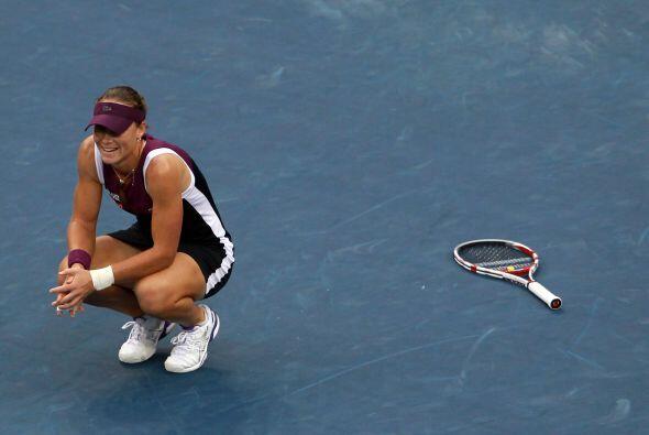 """Stosur: """"Sabía que la única forma de ganarle a Serena era moviéndola por..."""