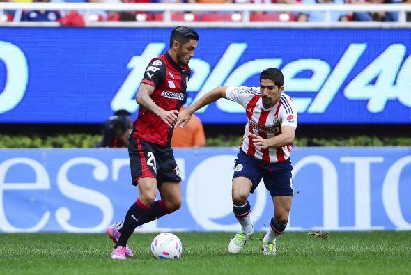 Con gol solitario de Enrique Pérez en el primer tiempo, los Rojin...