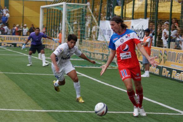 La delantera de los lanudos tocaba la puerta.(Cortesía: Club Deportivo y...