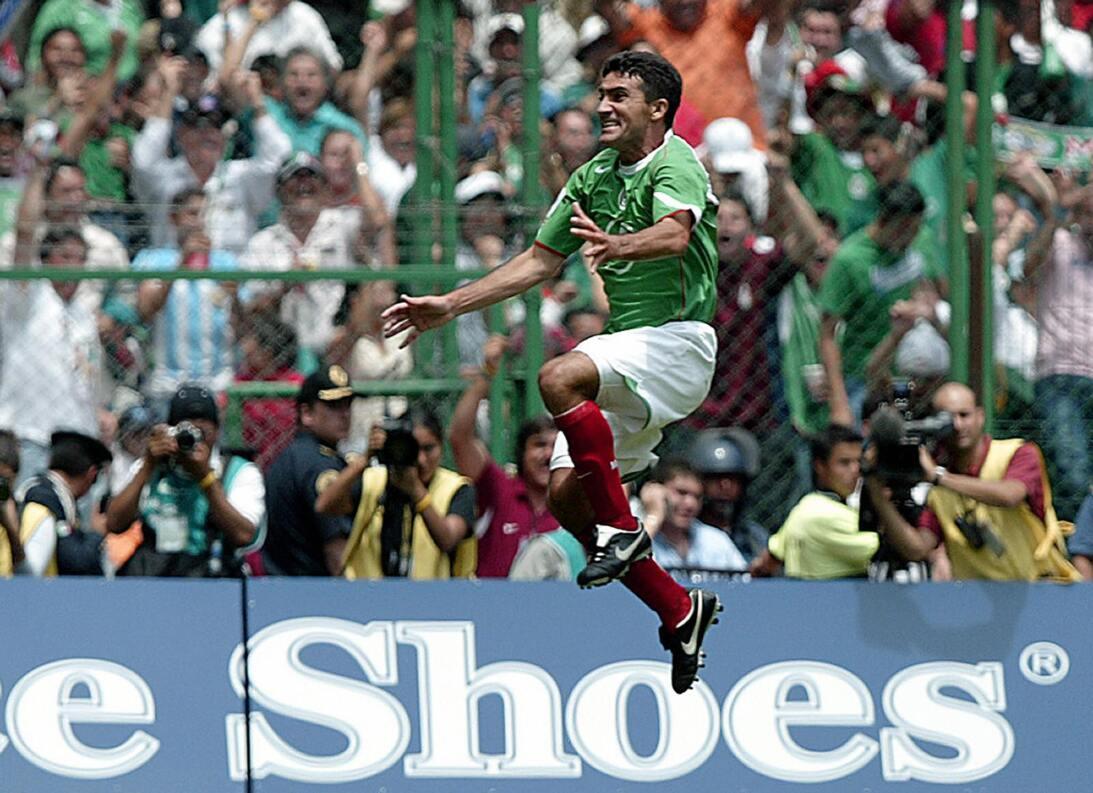 Así ha sido la carrera de Sinha, quien le dirá adiós al fútbol en mayo G...