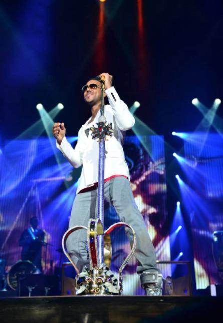 Romeo SantosRomeo Santos llena escenarios, sus canciones se cantan hasta...