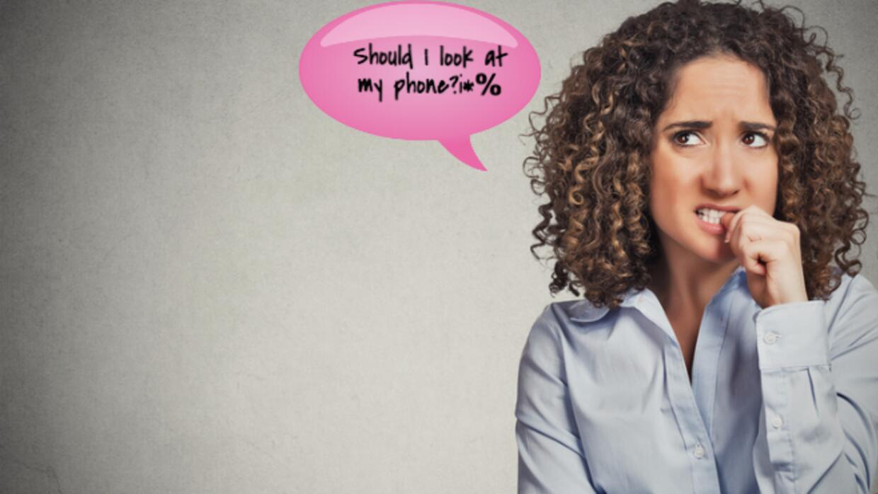Technology Shaming: When it's Okay to Look at Your Phone 87f69e2c4702473...