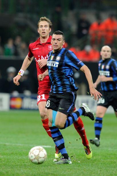 Inter de Milán recibió al Twente de Holanda en el estadio Guiseppe Meazza.