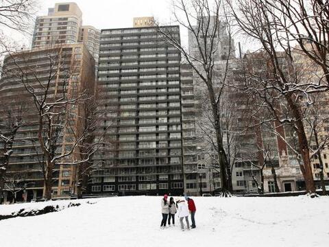 Una segunda tormenta de nieve cubrió la ciudad de New York. La Gr...