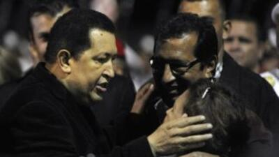 Adán Chávez, hermano mayor del presidente de Venezuela, viajó a La Haban...