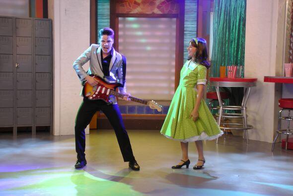 El 9 de abril nos dio una probadita de lo bien que baila y canta, al inv...