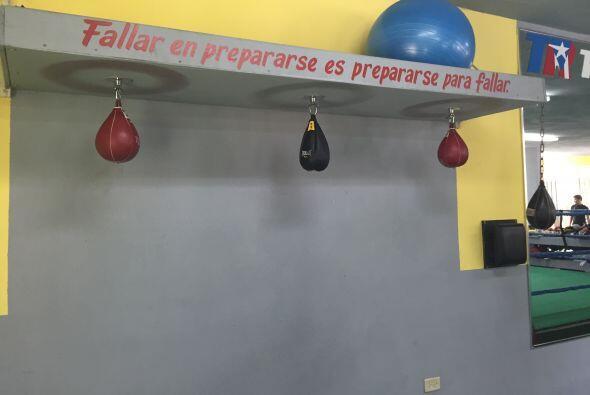 Las paredes tienen mensajes inspiracionales que según explicó Márquez, l...