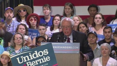 Bernie Sanders visita el estado de Arizona