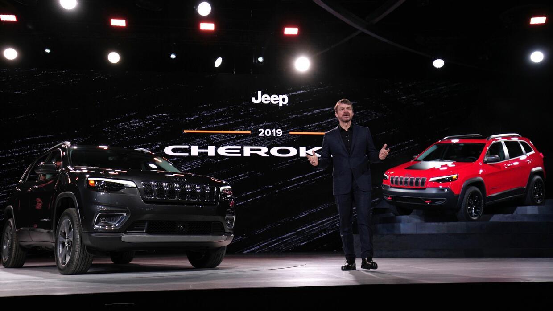 Mike Manley jefe de las marcas Jeep y Ram presentando la actualizaci&oac...