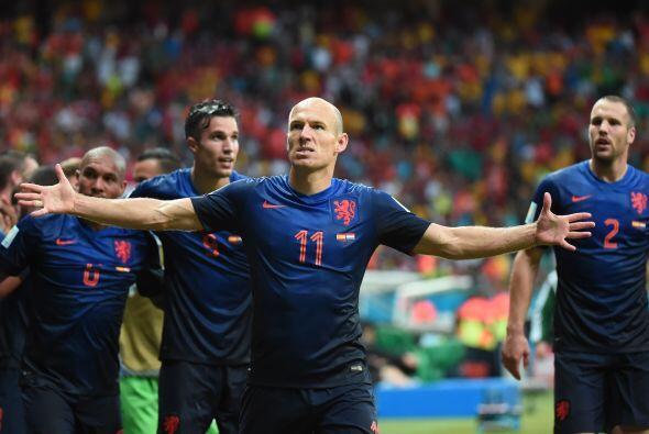 En la Copa Mundial Brasil 2014, Arjen Robben fue uno de los mejores juga...