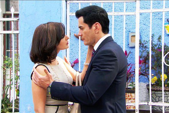 Sí, Salvador está muy acarameladito con Aracely.