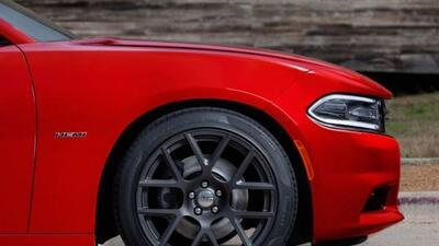 El Charger SRT 2015 seguramente tendrá el motor V8 sobrealimentado de 70...
