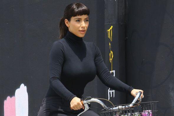 ¿Te gusta ver a Kim más tapadita? Más videos de Chismes aquí.