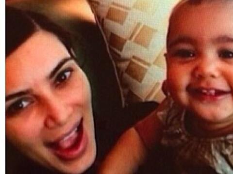 Parece que a la bebé de Kim Kardashian también le encantan...