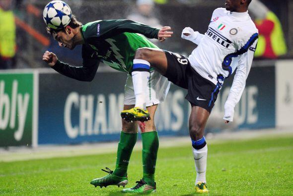 El actual campeón Inter de Milán visitó la cancha del Werder Bremen.