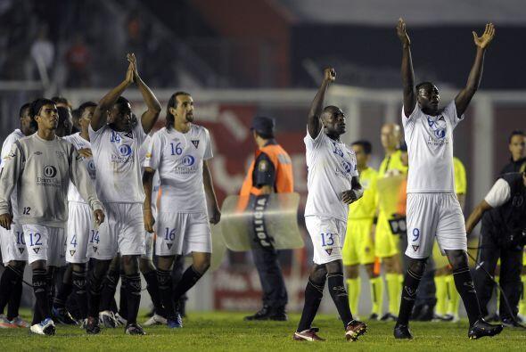 Liga de Quito cumpliò su faena sin jugar nada bien. Sacó un empate impor...
