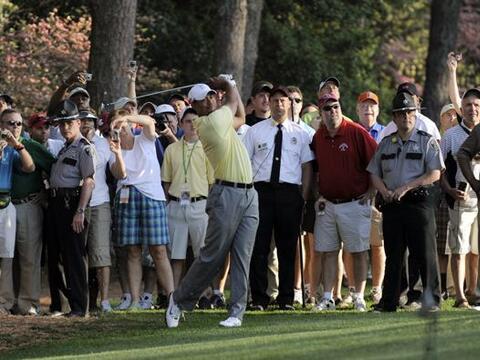 El golfista estadounidense Tiger Woods tuvo una práctica a puerta...