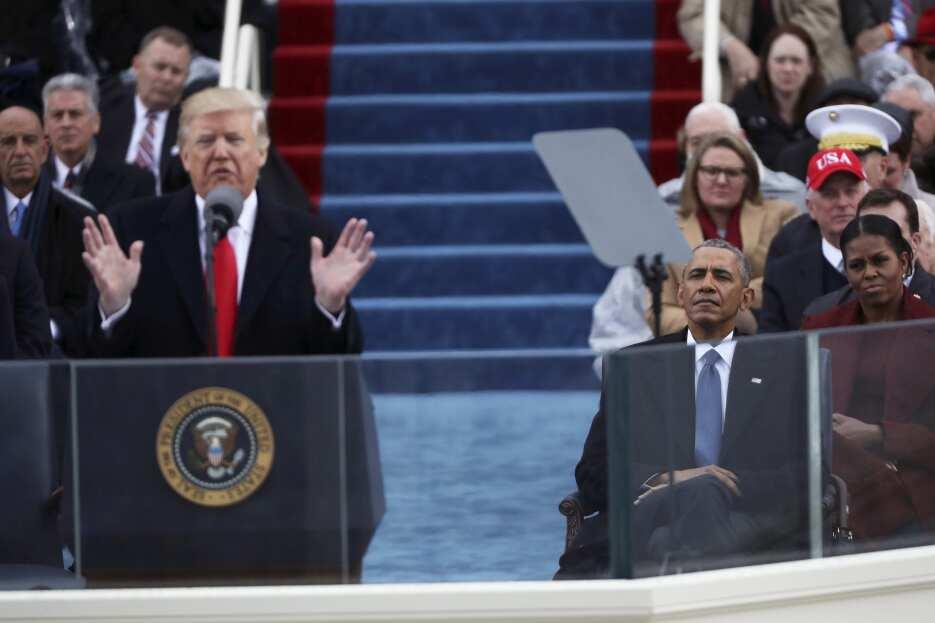 In photos: President Trump is sworn in 2017-01-20T172548Z_2035235743_HT1...