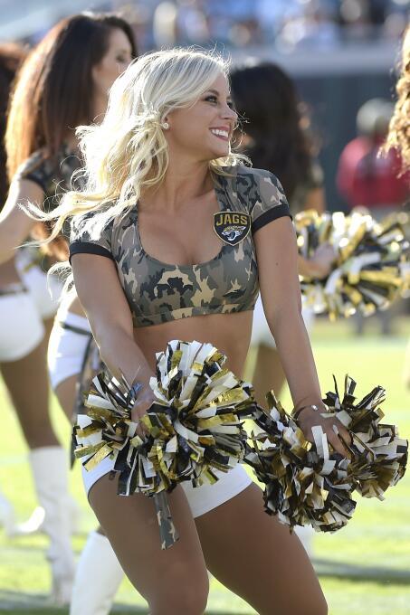 Cada una de ellas deleitó a los fans de la NFL con su belleza y carisma,...