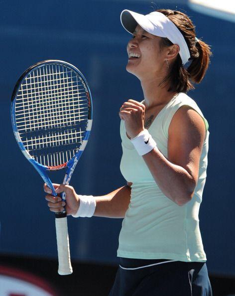 A lo largo de su trayectoria acumula cinco títulos de la WTA.
