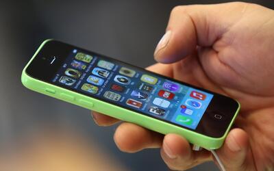¿Cómo vincular dos líneas de teléfono distintas en un mismo celular?