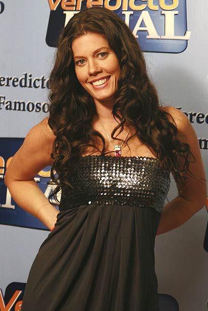La actriz lució una linda sonrisa.