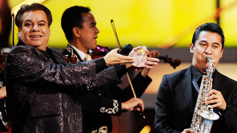 El director musical de Juan Gabriel reveló detalles tras bambalinas del...