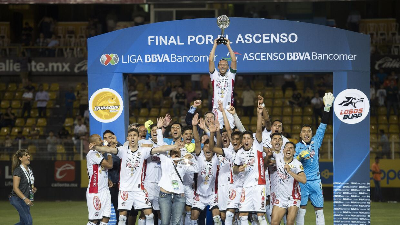 Como las Chivas, cinco equipos que avanzaron rondas sin ganar 20170520_5...