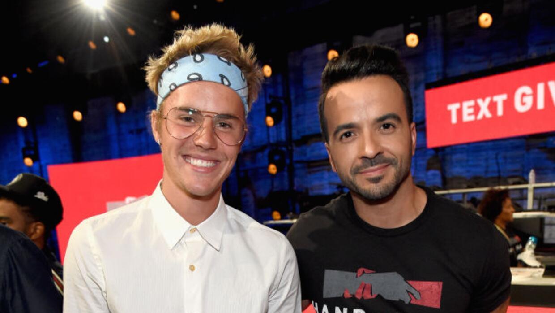 Justin Bieber y Lusi Fonsi en el teletón 'Hand in Hand' a benific...