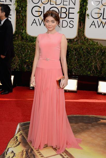 El vestido de Georges Hobeika hizo que Sarah Hyland dejará de verse como...