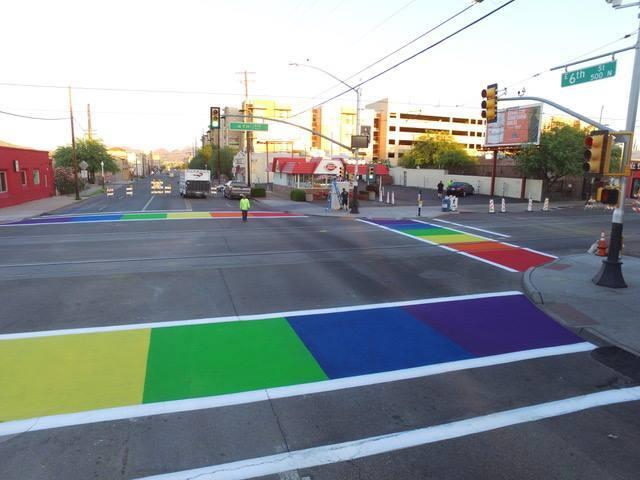 La 4 Avenida de Tucson se pinta de colores