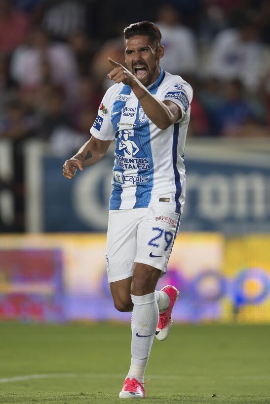Óscar Pérez se vistió de Moisés Muñoz y de cabeza anotó el empate ante C...