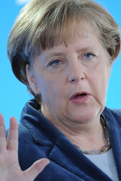 La canciller alemana Angela Merkel dijo que la degradación de nueve país...