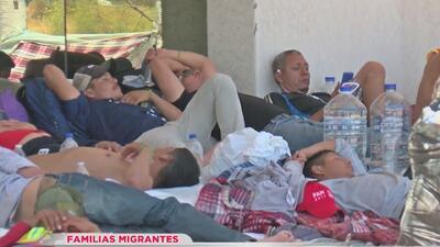 La eterna espera de decenas de familias centroamericanas que quieren pedir asilo en Nogales