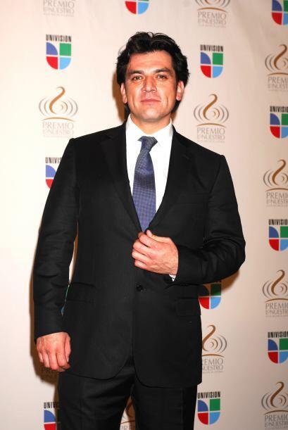 """Al mismo tiempo destacó en el melodrama """"Las Vías Del Amor"""" (2002-2003),..."""