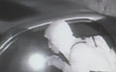 Policía de Arlington insiste a residentes que denuncien robos a pesar de...